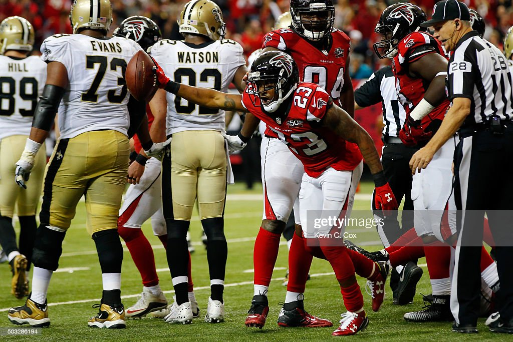 Robert Alford #23 of the Atlanta Falcons celebrates a fumble recovery during the second half against the New Orleans Saints at the Georgia Dome on January 3, 2016 in Atlanta, Georgia.