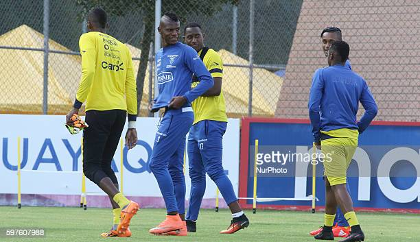 Robert Arboleda center and Jaime Ayoví center during training in the House of selection for the World Cup qualifiers Russia in Quito on August 28...