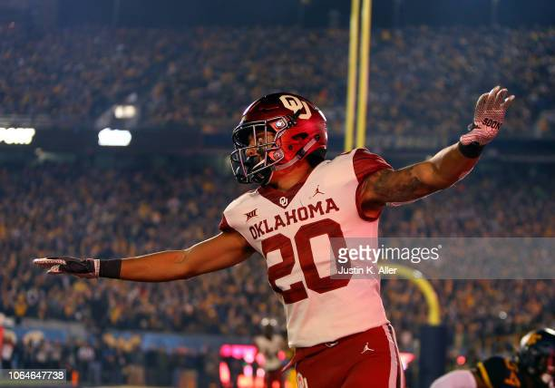 Robert Barnes of the Oklahoma Sooners reacts after an incomplete pass against the West Virginia Mountaineers on November 23 2018 at Mountaineer Field...
