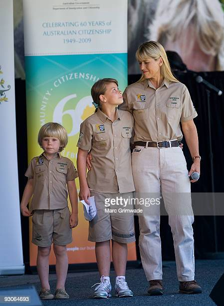 329 Steve Irwin Day At Australia Zoo Photos And Premium High Res Pictures Getty Images