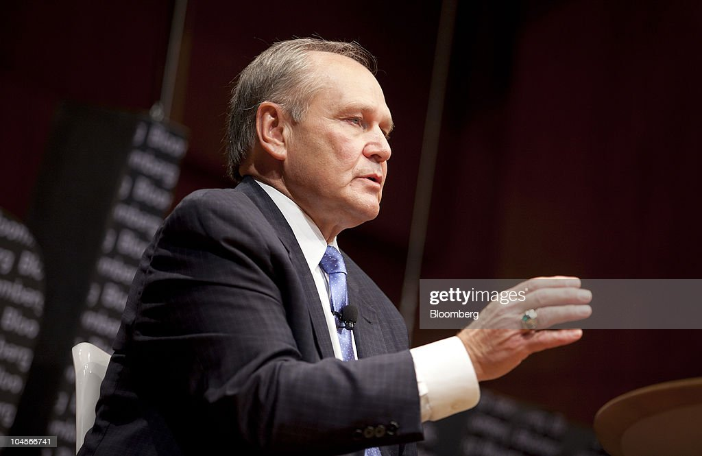 Bloomberg Link Dealmakers Summit : News Photo