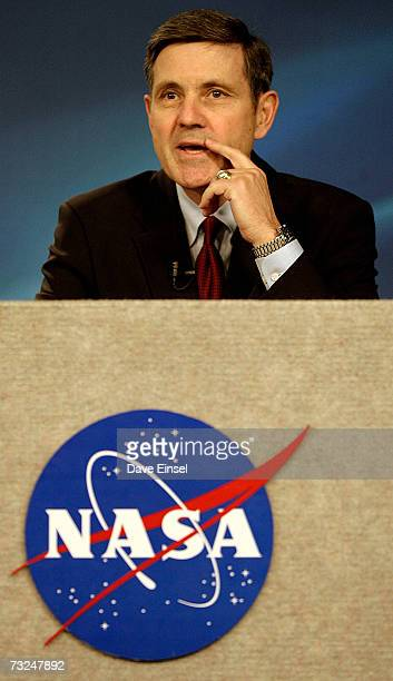 Robert Cabana deputy director of the Johnson Space Center comments during a briefing regarding astronaut Lisa Marie Nowak February 7 2007 in Houston...