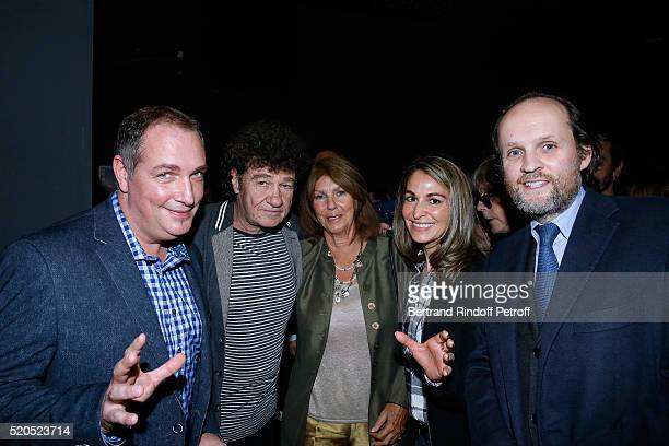 Robert Charlebois his wife Laurence Hypnotist Messmer his wife and Producer JeanMarc Dumontet pose after the Robert Charlebois 50 ans 50 chansons...