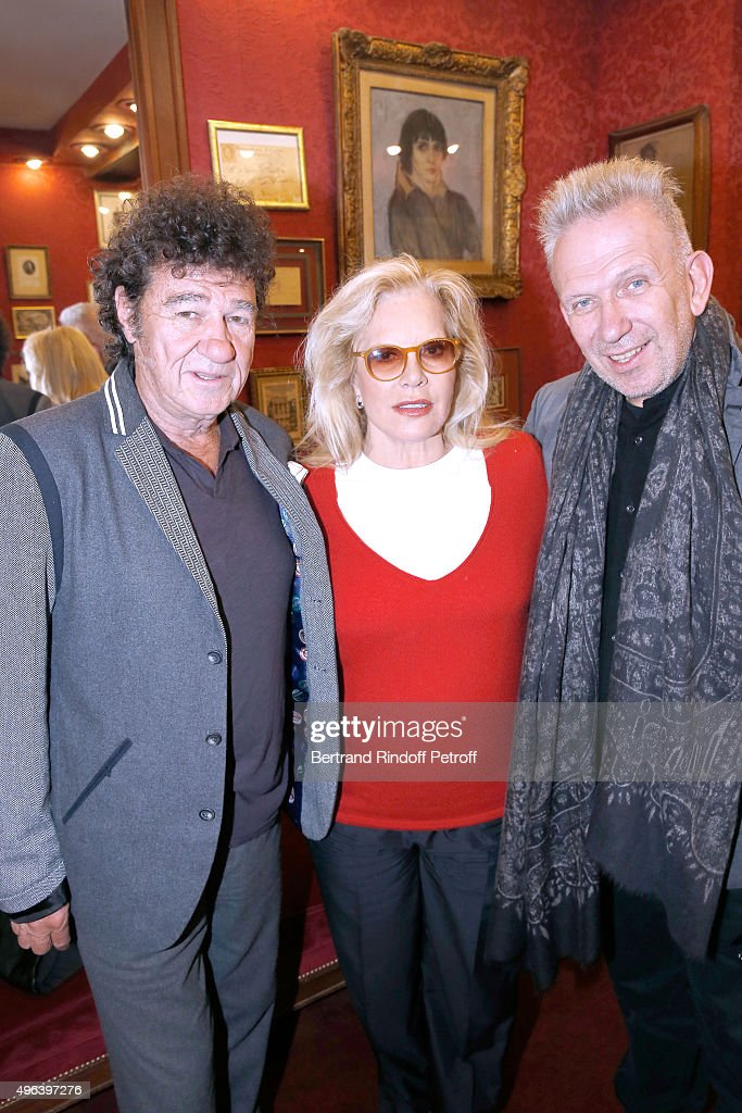 Robert Charlebois, Sylvie Vartan and Fashion Designer Jean-Paul Gaultier attend Sylvie Vartan triumphs in the Theater Play 'Ne me regardez pas comme ca !', performed at 'Theatre Des Varietes' on October 16, 2015 in Paris, France.