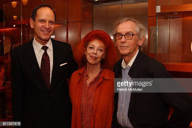 Robert Chavez, Jeanne-Claude and Christo attend In Memoriam: Jeanne-Claude Denat de Guillebon 1935 ñ 2009 at Steven Kasher Gallery on February 15,...