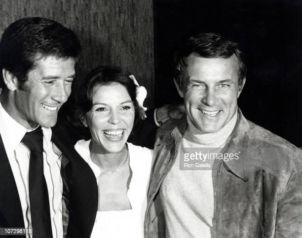 Robert Conrad and guests during Robert Conrad Sighting at Victoria Station Restaurant in Universal City March 15 1977 at Victoria Station Restaurant...