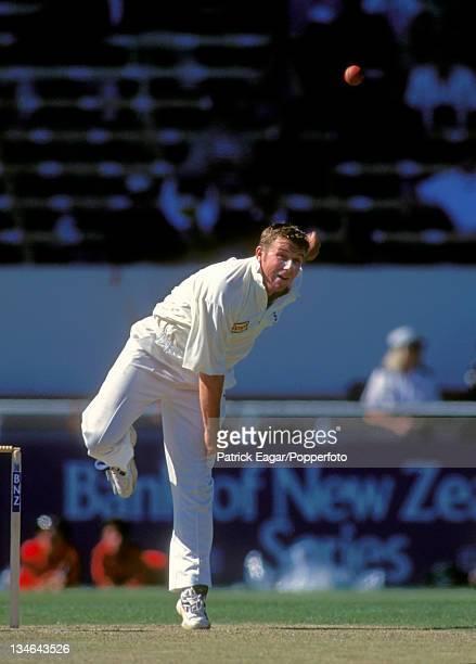 Robert Croft New Zealand v England 3rd Test Christchurch Feb 97