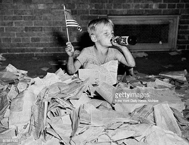 Robert De Lyle age 5 celebrates end of World War II