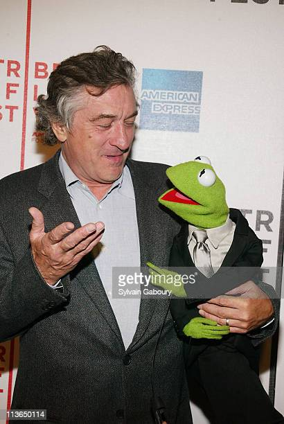 Robert De Niro Kermit the Frog during Robert De Niro joined the Muppets at the premiere of 'The Muppets' Wizard of Oz' at the Tribeca Family Festival...