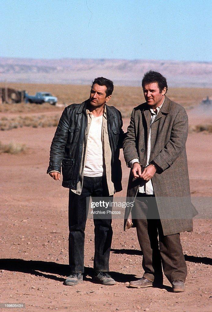 Robert De Niro And Charles Grodin In 'Midnight Run' : News Photo