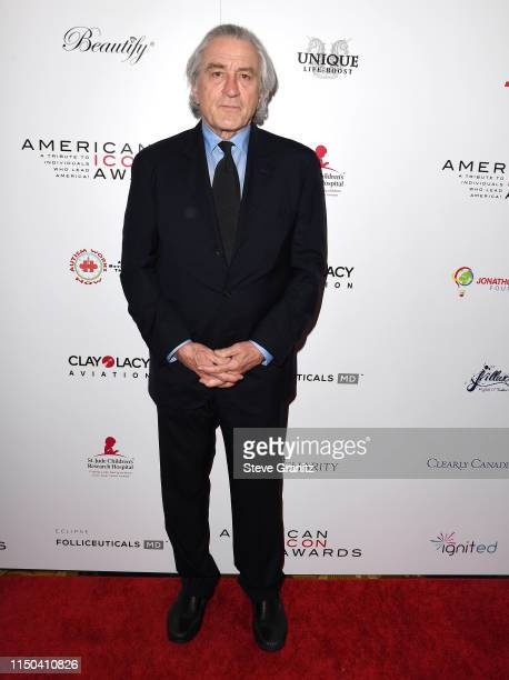 Robert Deniro arrives at the American Icon Awards at the Beverly Wilshire Four Seasons Hotel on May 19, 2019 in Beverly Hills, California.