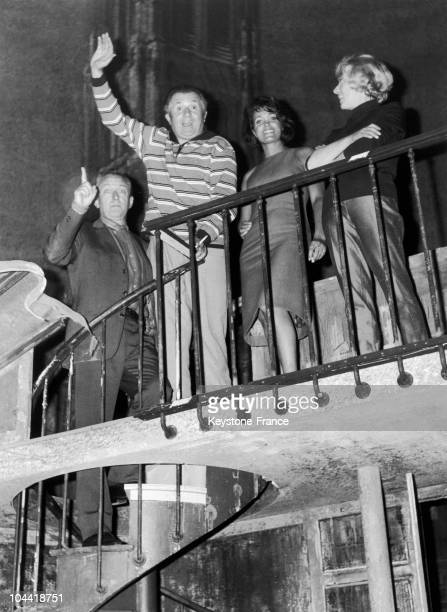 Robert Dhery, Jean Richard, Francoise Fabien And Colette Brosset Rehearsing The Play Machin Chouette, By Marcel Achard, At The Theatre Antoine In...