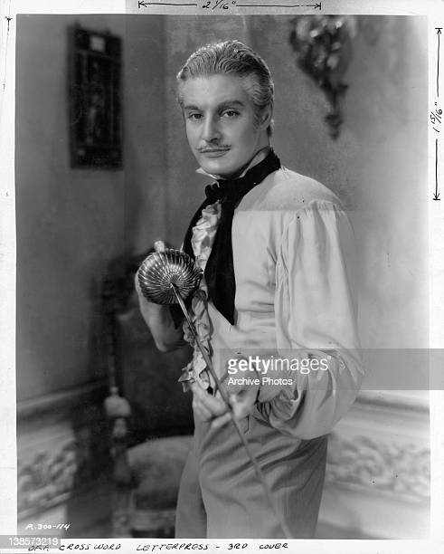 Robert Donat after he becomes the Count of Monte Cristo in a scene from the film 'The Count Of Monte Cristo' 1934