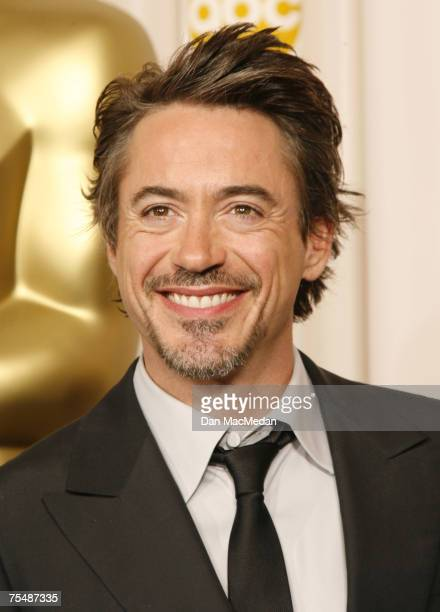 Robert Downey Jr at the Kodak Theatre in Los Angeles CA