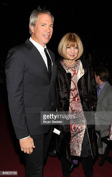 Robert Duffy and EditorinChief of Vogue Anna Wintour attend the Marc Jacobs Fall 2009 fashion show during MercedesBenz Fashion Week at the NY State...