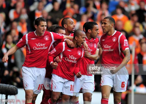 Robert Earnshaw of Nottingham Forest celebrates his opening goal with teammates during the Coca Cola Championship Play-Off Semi-Final Second Leg...