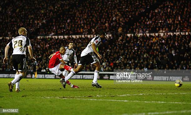 Robert Earnshaw of Nottingham Forest scores his team's first goal during the the FA Cup Sponsored by E.on fourth round match between Derby County and...