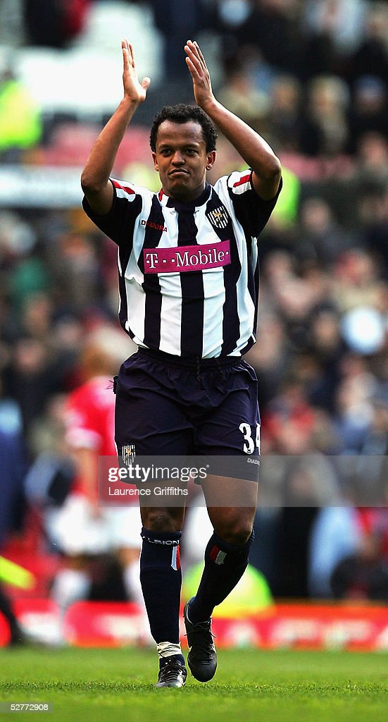 Robert Earnshaw of West Bromwich celebrates after the FA Barclays Premiership match between Manchester United and West Bromwich Albion at Old Trafford on May 7, 2005 in Manchester, England.