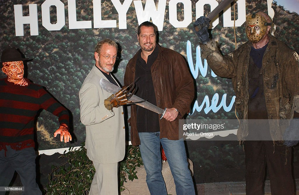"""Unveiling Of Horror Icons Freddy Krueger and Jason Voorhhees With the Simultaneous Release of New Line Home Entertainment's """"Freddy Vs. Jason"""" on  DVD : News Photo"""