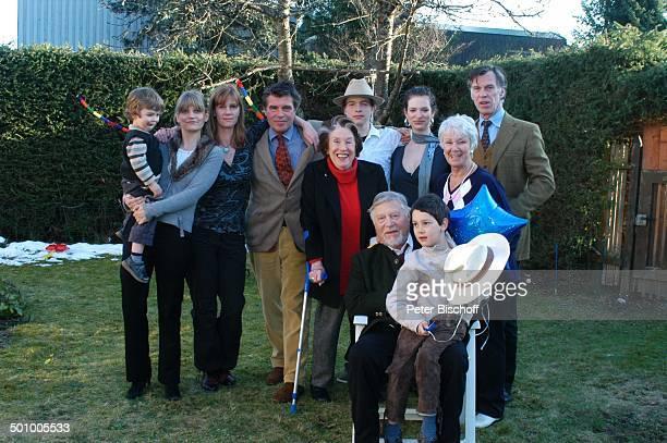 Robert Freitag mit Enkel Julian Dante Ehefrau Maria Sebaldt ExFrau Maria Becker Schwiegertochter Arabella mit Enkel Luke Tochter Katharina Freitag...