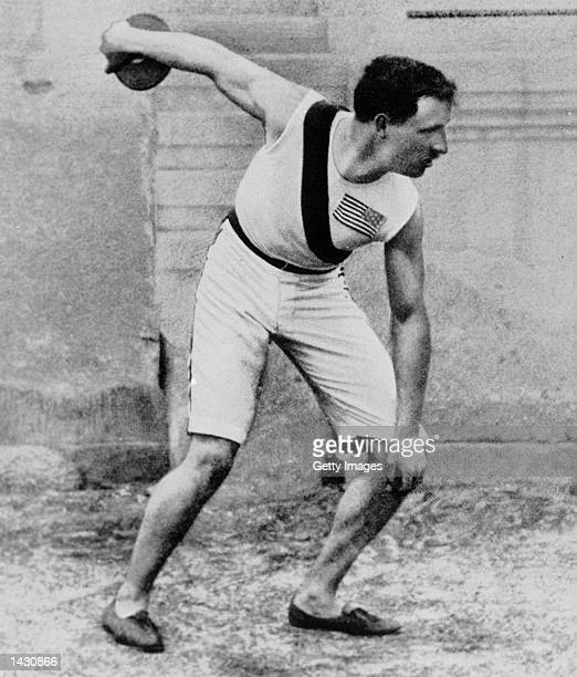 Robert Garrett wins the gold in the discus at the 1896 Athens Olympics.