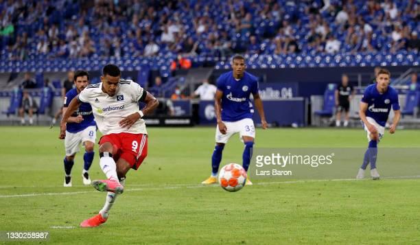 Robert Glatzel of Hamburg misses a penalty during the Second Bundesliga match between FC Schalke 04 and Hamburger SV at Veltins Arena on July 23,...