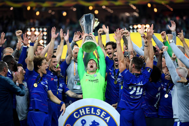 Ligue Europa 2018  - 2019 -2020 - Page 10 Robert-green-of-chelsea-lifts-the-europa-league-trophy-with-his-team-picture-id1152502635?k=6&m=1152502635&s=612x612&w=0&h=FyWFlhyxtjoL8iJNBtKhryQENLeL_JEm4A9V25i1UrQ=