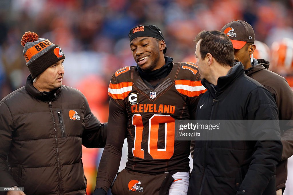 San Diego Chargers v Cleveland Browns : News Photo