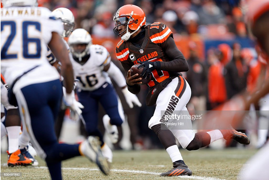 Robert Griffin III #10 of the Cleveland Browns rushes against the San Diego Chargers at FirstEnergy Stadium on December 24, 2016 in Cleveland, Ohio.