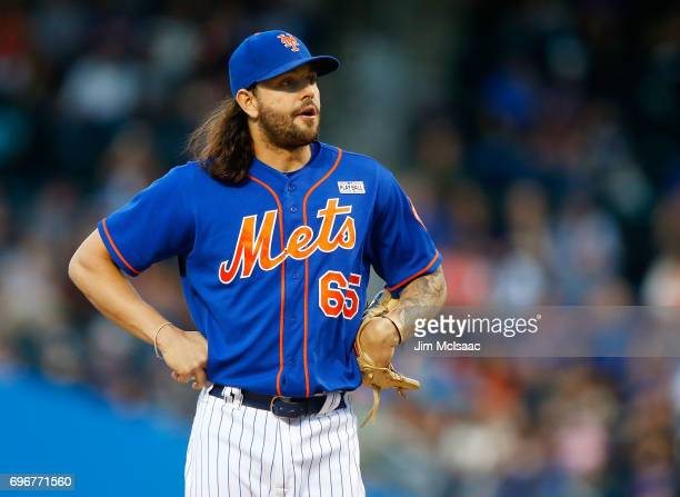 Robert Gsellman of the New York Mets in action against the Pittsburgh Pirates at Citi Field on June 3 2017 in the Flushing neighborhood of the Queens...