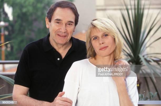 Robert Hossein et son épouse l'actrice Candice Patou au Festival de Cannes en mai 1992 France
