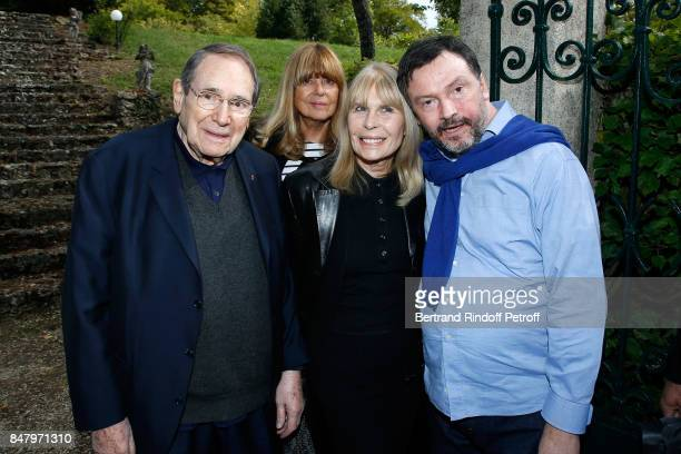 Robert Hossein Sophie Agacinski Candice Patou and Bruno Finck attend the Garden Party organized by Bruno Finck companion of JeanClaude Brialy at...