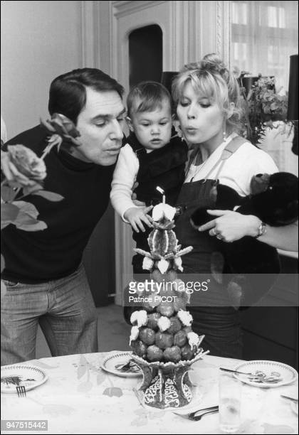 Robert Hossein with Candice Patou and son Julien;1977.