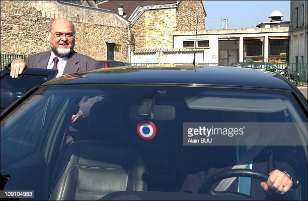 Robert Hue And Wife Vote In First Round Of French Presidential Elections On April 21Th 2002 In MontignyLesCormeilles France