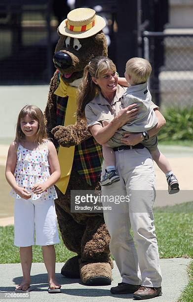 Robert Irwin Bindi Irwin and mum Terri Irwin celebrate Bob's third birthday and meet a surprise guest Humphrey B Bear at Australia Zoo Beerwah on...