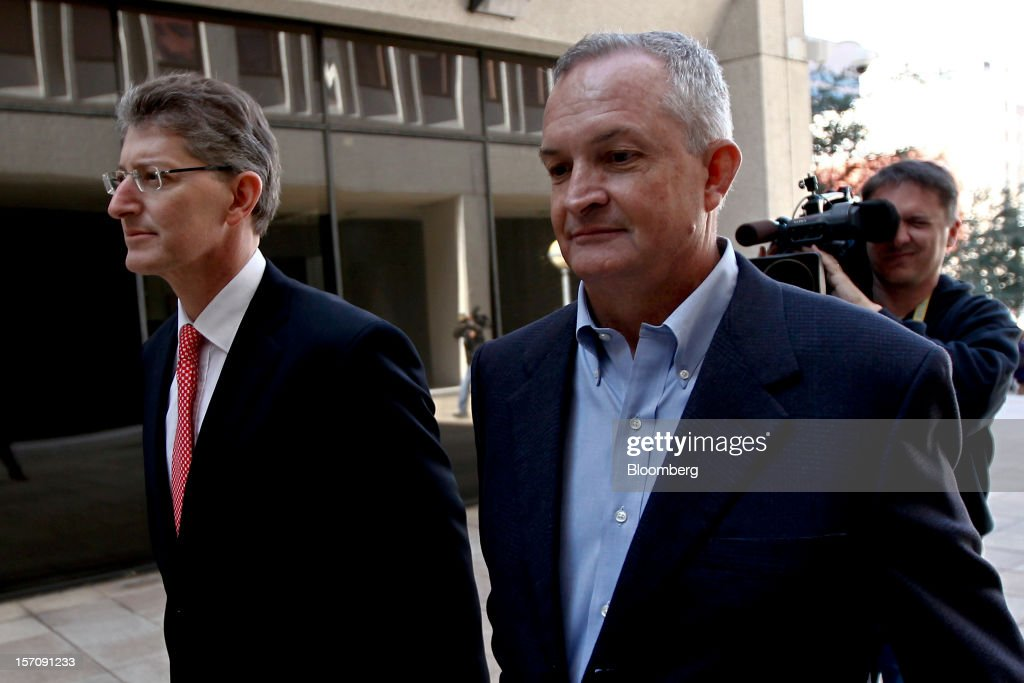 Robert Kaluza, a well site manager for BP Plc during the 2010 explosion on board the Deepwater Horizon oil rig, right, arrives at federal court with his attorney David Gerger in New Orleans, Louisiana, U.S., on Wednesday, Nov. 28, 2012. Kaluza, who supervised testing on the Macondo oil well, and another site manager Donald Vidrine, were charged Nov. 15 with involuntary manslaughter, seaman's manslaughter and Clean Water Act Violations. The U.S. alleges that Kaluza and Vidrine ignored multiple indications that the well wasn't secure before the explosion that killed 11 aboard the drilling rig. Photographer: Derick E. Hingle/Bloomberg via Getty Images