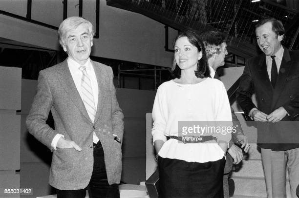 Robert Kee Anna Ford Michael Parkinson and David Frost at the TVam studios 21st February 1983