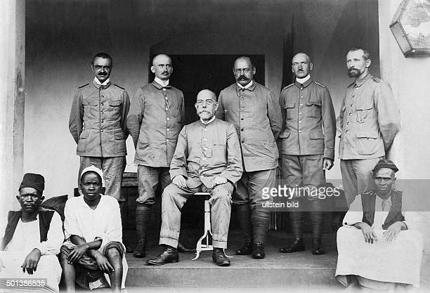 Robert Koch German scientist and physician Nobel prize in medicine 1905 with expedition members exploring the sleeping sickness in Africa from left...