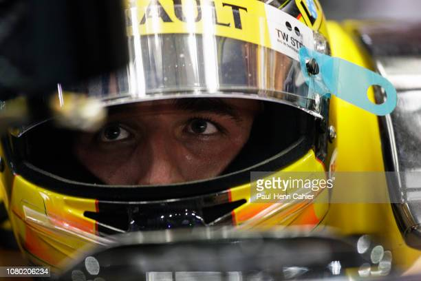 Robert Kubica, Renault R30, Grand Prix of Singapore, Marina Bay Street Circuit, 26 September 2010.