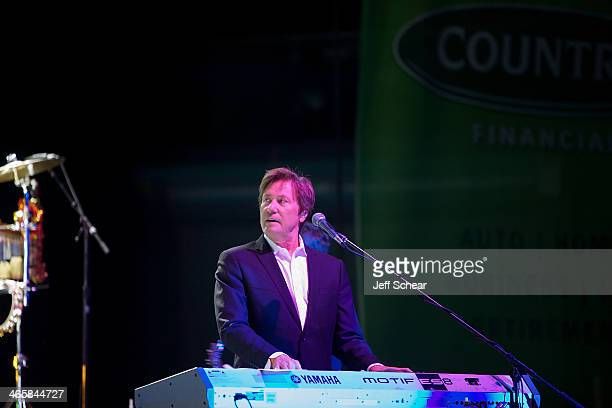 Robert Lamm of the rock band Chicago performs during a free concert for those affected by the recent Illinois tornados at US Cellular Coliseum on...
