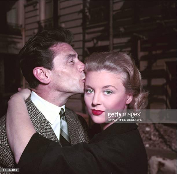 Robert Lamoureux Nicole Courcel film 'Papa Maman la bonne et moi' by Jean Paul le Chanois in 1956 in France