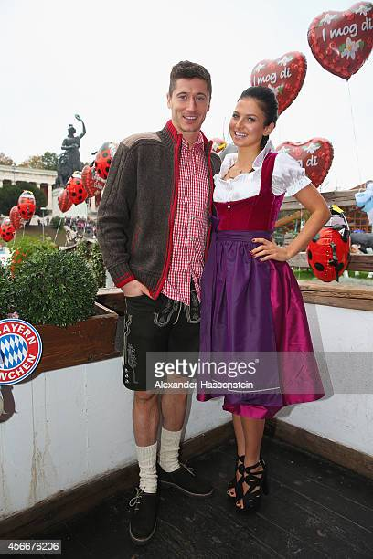 Robert Lewandowski attends with his wife Anna Stachurska the Oktoberfest beer festival at Kaefer Wiesnschaenke tent at Theresienwiese on October 5...