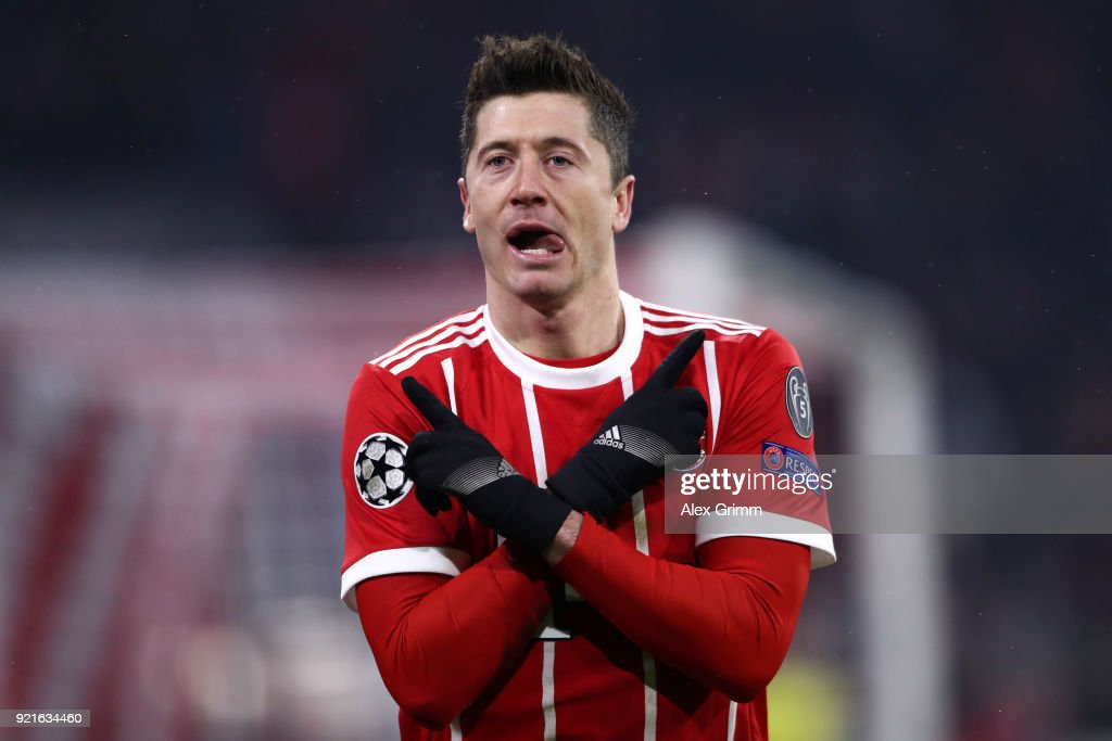 Robert Lewandowski of Bayern Muenchen celebrates after scoring his sides fourth goal during the UEFA Champions League Round of 16 First Leg match between Bayern Muenchen and Besiktas at Allianz Arena on February 20, 2018 in Munich, Germany.