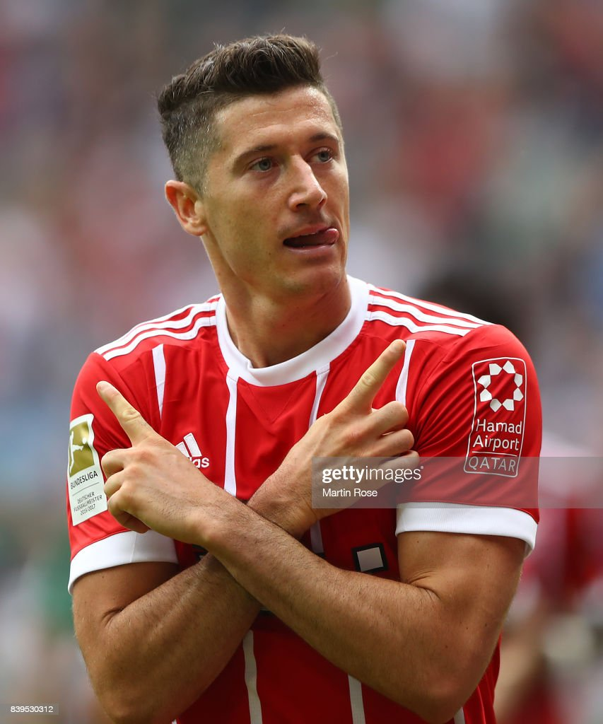 Robert Lewandowski of Bayern Muenchen celebrates having scored his teams first goal to make it 1:0 during the Bundesliga match between SV Werder Bremen and FC Bayern Muenchen at Weserstadion on August 26, 2017 in Bremen, Germany.