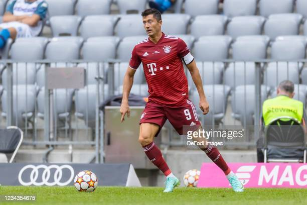 Robert Lewandowski of Bayern Muenchen controls the ball during the Pre-Season Match between FC Bayern Muenchen and SSC Napoli at Allianz Arena on...