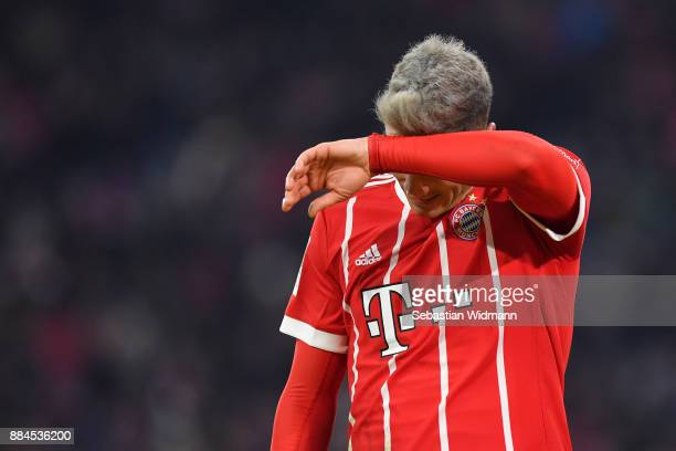 Robert Lewandowski of Bayern Muenchen gestures during the Bundesliga match between FC Bayern Muenchen and Hannover 96 at Allianz Arena on December 2...