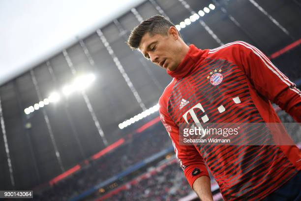 Robert Lewandowski of Bayern Muenchen looks on prior to the Bundesliga match between FC Bayern Muenchen and Hamburger SV at Allianz Arena on March 10...
