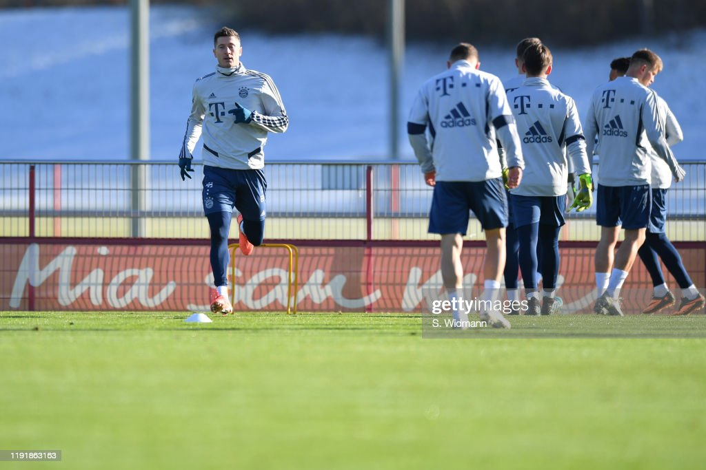 FC Bayern Muenchen - Training Session : Nieuwsfoto's