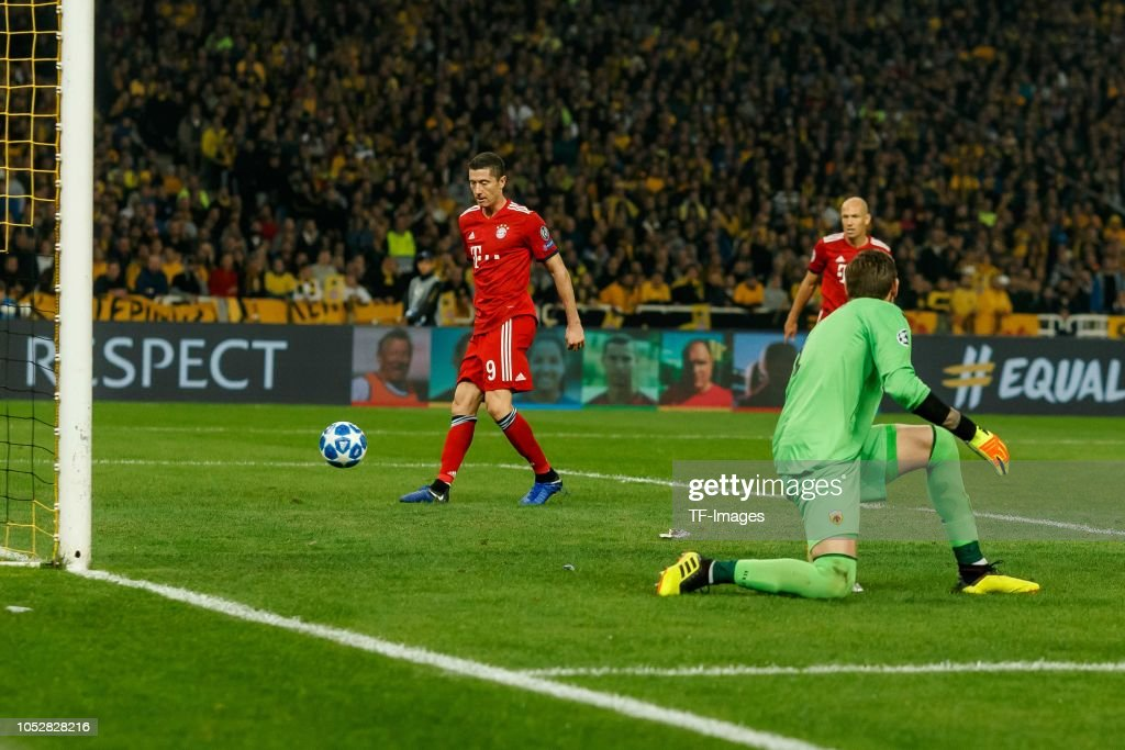 AEK Athens v FC Bayern Muenchen - UEFA Champions League Group E : Nachrichtenfoto