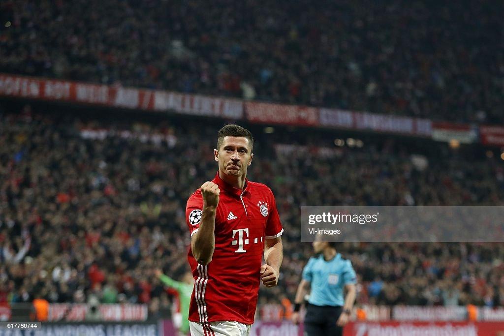 """UEFA Champions League""""Bayern Munich v PSV"""" : News Photo"""
